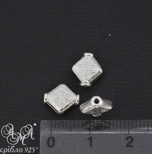 Вставка (В0068) 2х7х9 мм